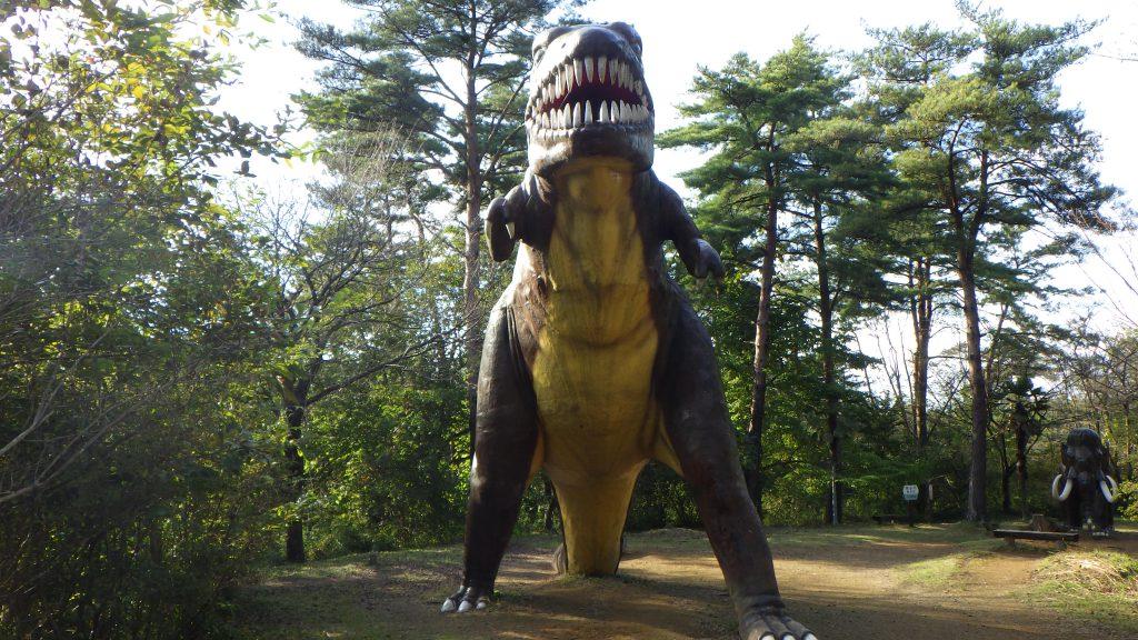 ティラノサウルスの復元模型/水戸市森林公園(茨城県/水戸市)