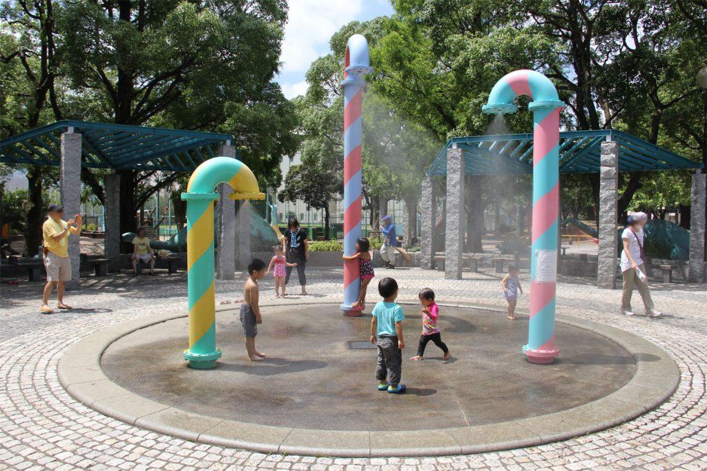 人気スポットの「水のモニュメント」/子供の森公園(東京都/品川区)