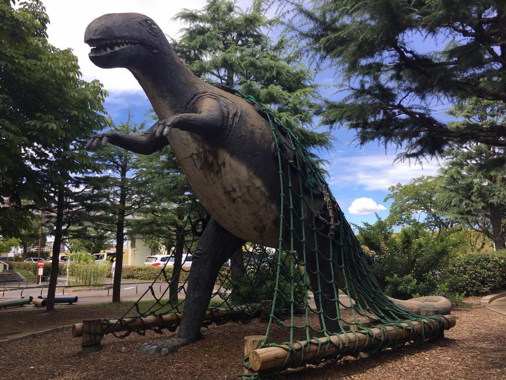ティラノサウルスの復元模型/北沼公園(東京都/葛飾区)