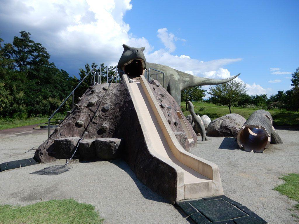 ティラノサウルスのすべり台/双葉水辺公園(山梨県/甲斐市)