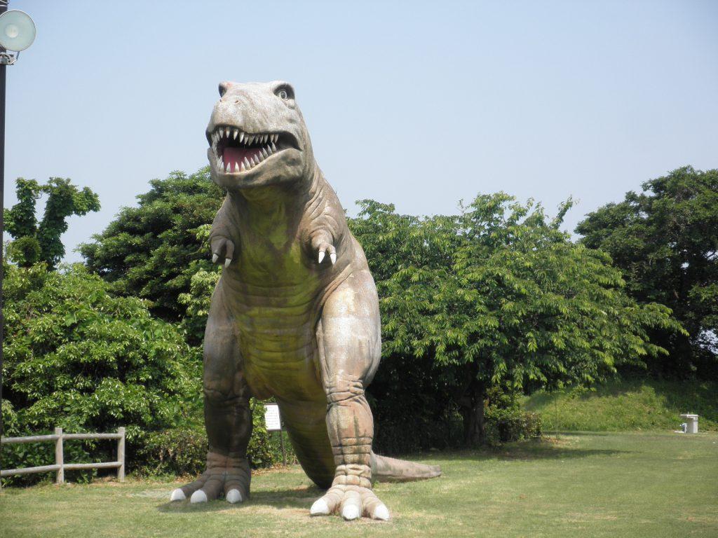 ティラノサウルス/グラウンドゴルフのふる里公園 潮風の丘とまり(鳥取県/東伯郡)