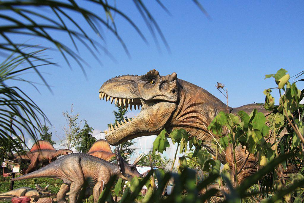 ティラノサウルスほか/うみかぜ公園(神奈川県/横須賀市)