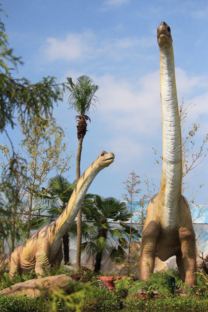 ブラキオサウルスの展示/うみかぜ公園(神奈川県)
