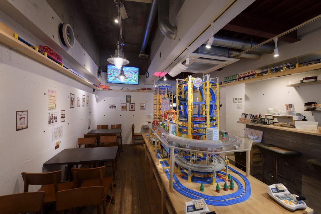 プラレール大型レイアウト/プラレールが走るカフェ 子鉄(東京都/荒川区)