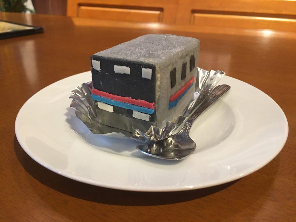 「京成線でんしゃアイス」/カフェ プラたく(東京都/葛飾区)