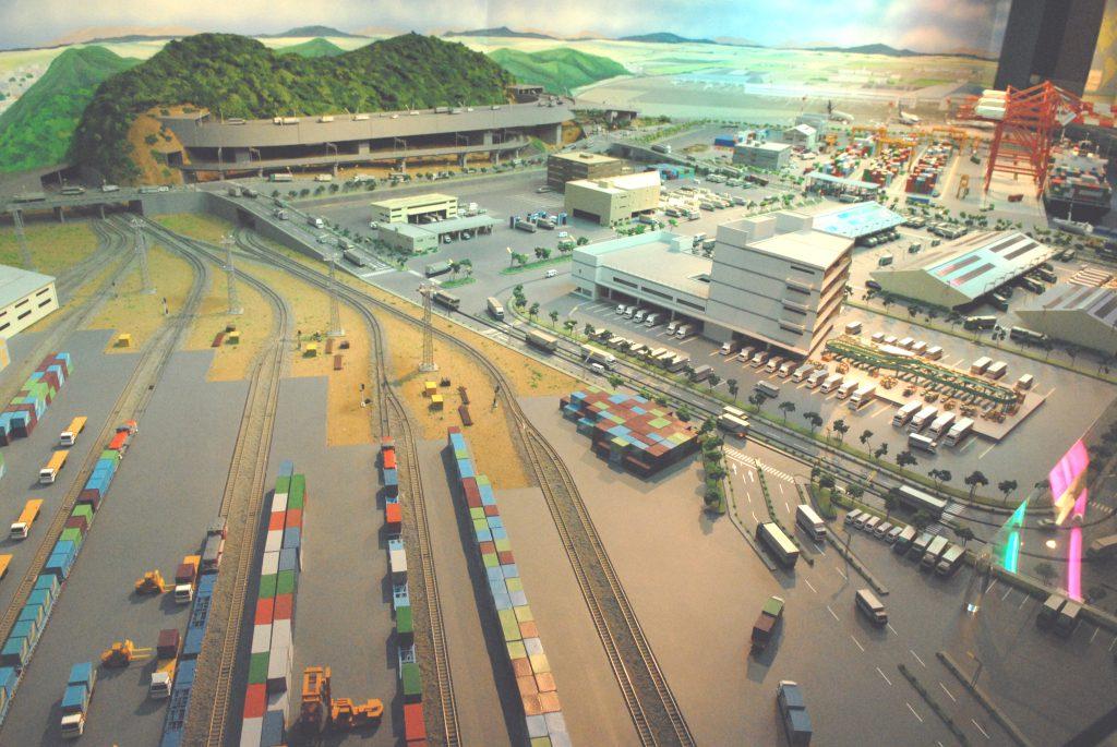 「陸海空の物流ターミナル」ジオラマ模型/物流博物館(東京都/港区)