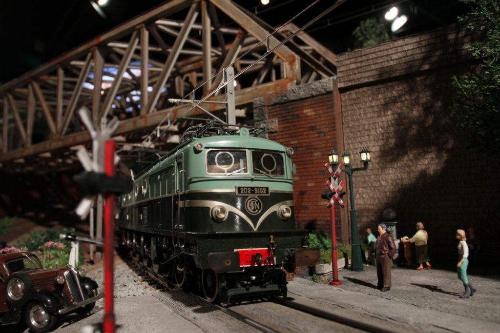 リアルな模型がリアルな街を走行/原鉄道模型博物館(神奈川県/横浜市)
