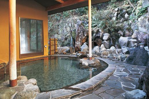 風情ある露天風呂を楽しめる/木もれびの宿ふるさと(神奈川県/箱根町)