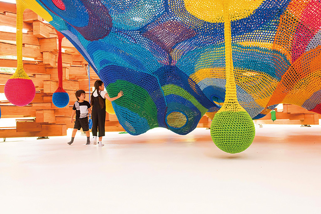 体験型アート作品「ネットの森/彫刻の森美術館(神奈川県/箱根町)