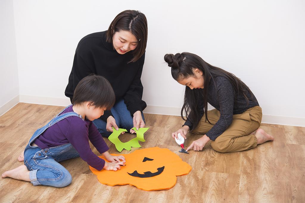 フェルトでかぼちゃポンチョの作り方2