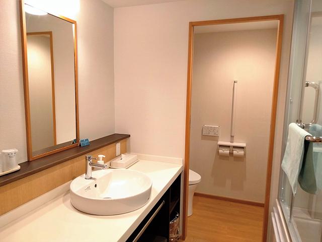 清潔感のある洗面・トイレ/池の平ホテル(長野県/立科町)