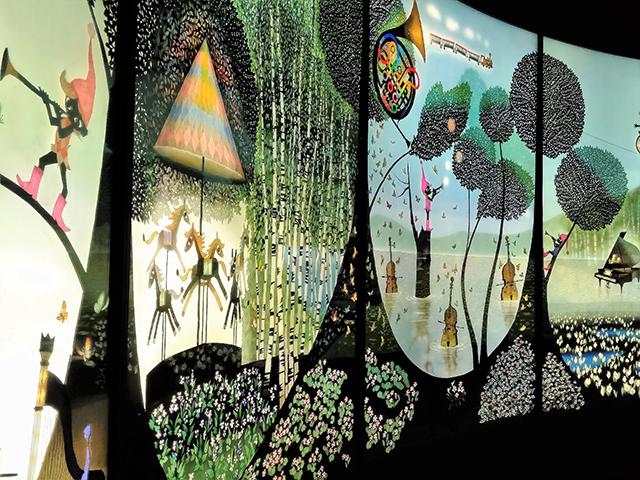 45点ほどの影絵やきり絵が展示されている/池の平ホテル(長野県/立科町)