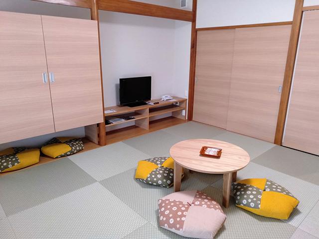 フラットな畳で赤ちゃんを遊ばせても安心/池の平ホテル(長野県 白樺湖畔)