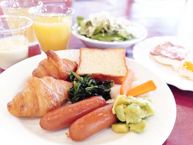 朝食もバイキングでお好きなものを/池の平ホテル(長野県 白樺湖畔)