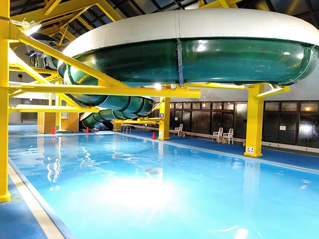 全長40mのウォータースライダー/池の平ホテル(長野県 白樺湖畔)