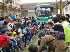 10月28日〆切!東京メトロの人気鉄道イベント!綾瀬車両基地公開で特別な体験