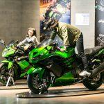 カワサキワールド(神戸)で、新幹線・ヘリコプター・バイクを体験しよう!