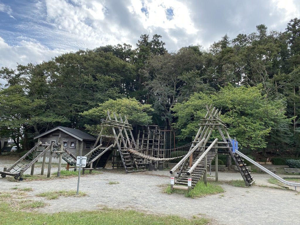 アスレチックの複合遊具/八千代総合運動公園(千葉県)