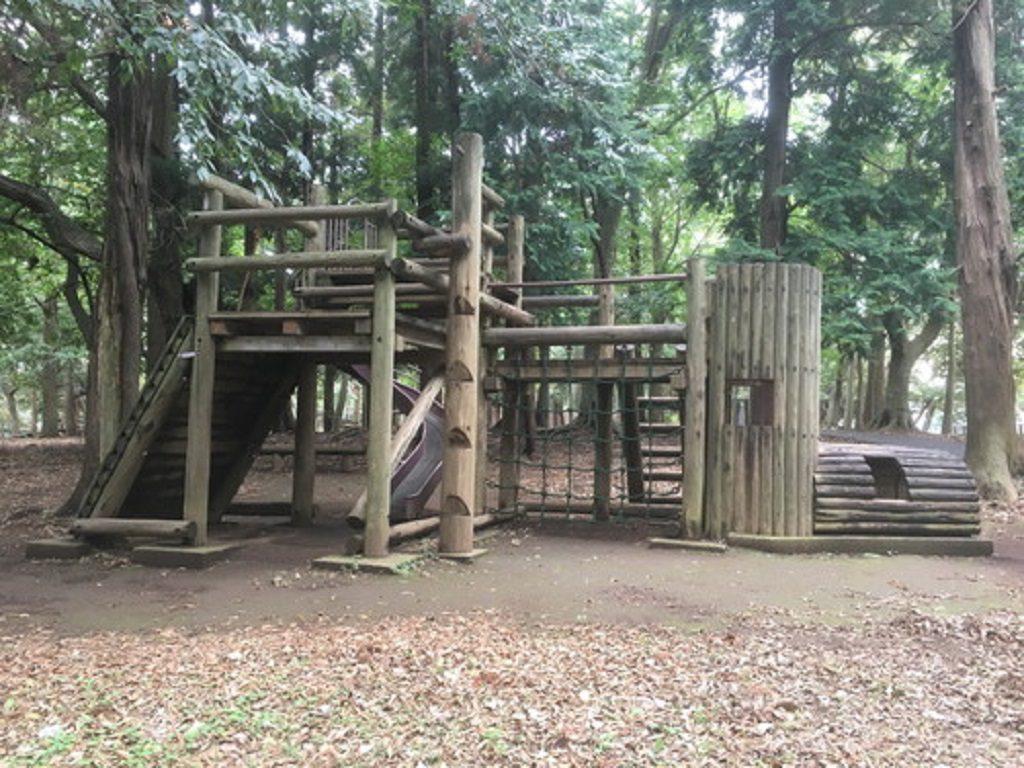アスレチックの複合遊具/八千代台北子供の森(千葉県)