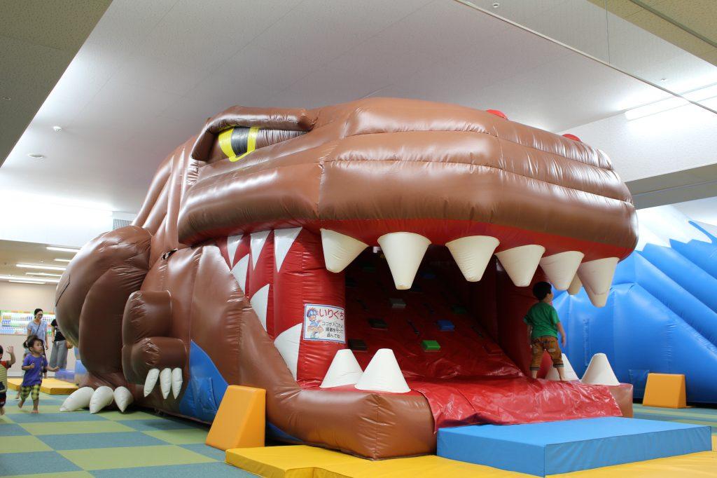 恐竜スライダー「ふわふわエリア」/ファンタジーキッズリゾート(東京都/武蔵村山市)