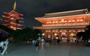 浅草寺のライトアップ(東京都/台東区)