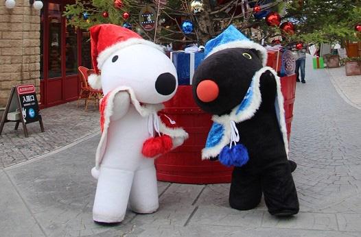 「リサとガスパール タウン」のクリスマス/富士急ハイランド(山梨県/富士吉田市)