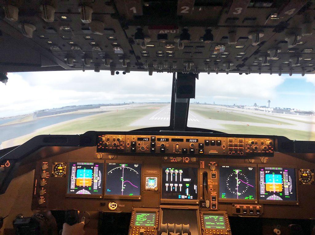 航空機のフライトシミュレータ―