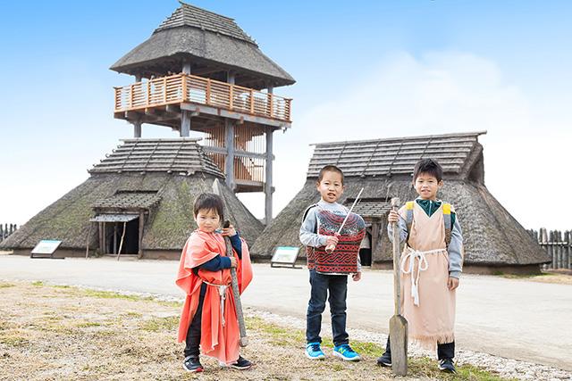 弥生人の衣装を着て記念撮影/吉野ヶ里歴史公園(佐賀県/吉野ヶ里町)