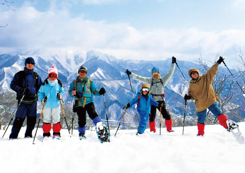 雪上散策を楽しめるスノーシューツアー/苗場スキー場(新潟県/湯沢町)