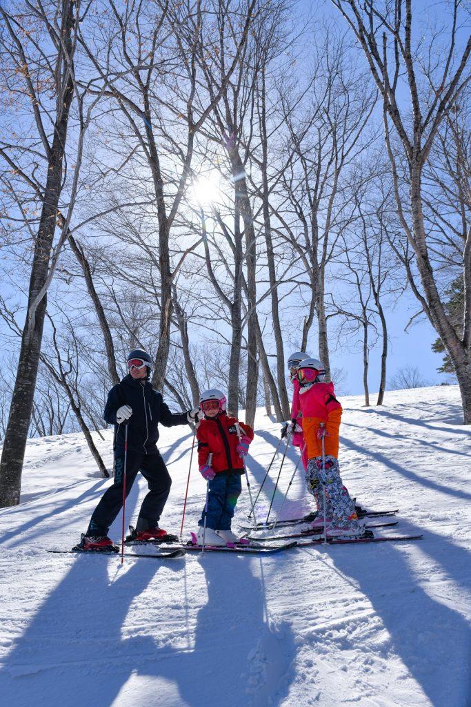 森の中を滑るツリーランコース/斑尾高原スキー場(長野県/斑尾市)