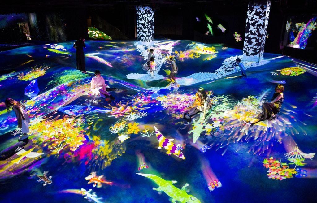グラフィティネイチャー 山山と深い谷/森ビルデジタルアートミュージアム:エプソン チームラボボーダレス(東京都/江東区)