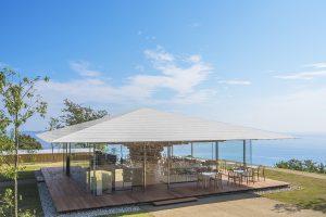 海の絶景カフェに癒される!熱海の花の楽園「アカオハーブ&ローズガーデン」