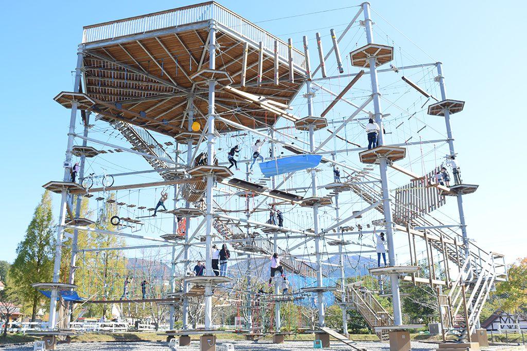 高さ17mの巨大な「アルプスジム」/滋賀農業公園ブルーメの丘(滋賀県日野町)