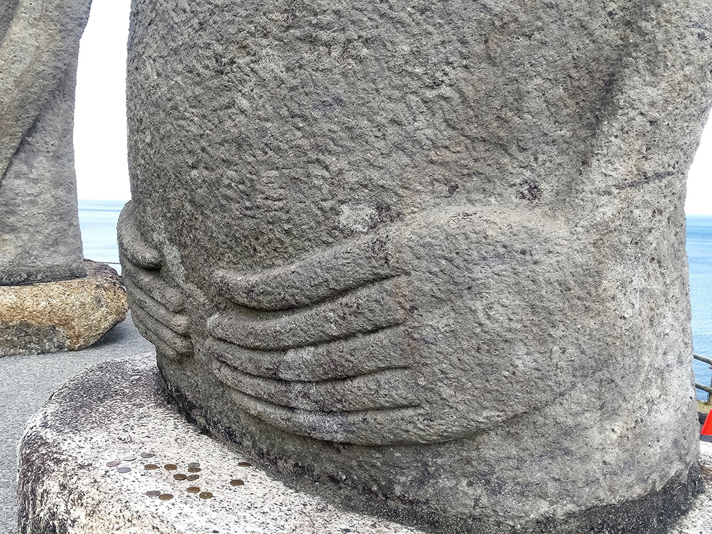 モアイ像の手/サンメッセ日南(宮崎県/日南市)