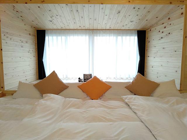 ママと子ルーム(mamatoco room)のベッド/白樺リゾート 池の平ホテル(長野県/立科町)