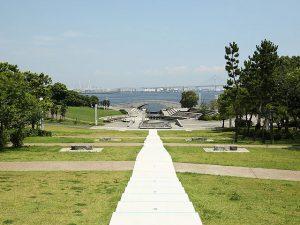 お出かけ・ピクニックに。神奈川県の芝生のおすすめ公園12