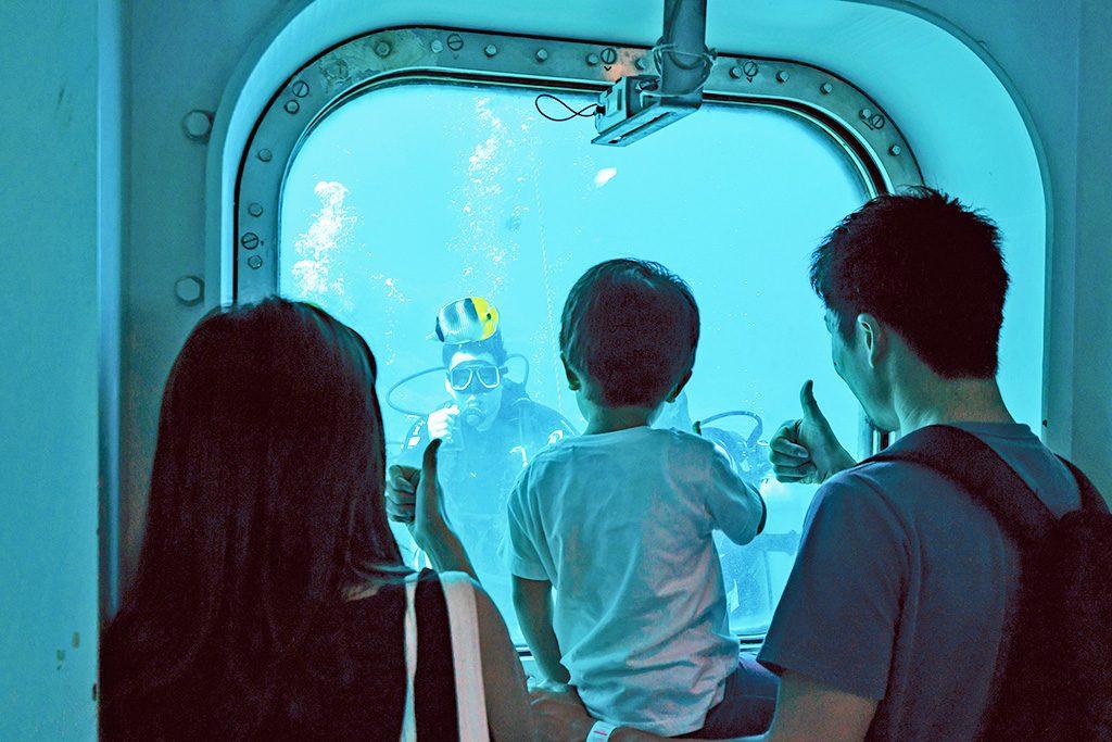 海中展望塔フィッシュアイマリンパーク(グアム)