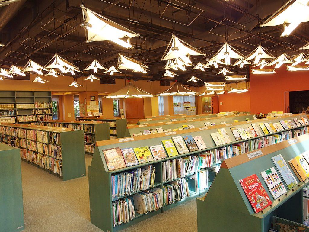 市川市中央図書館(千葉県/市川市)