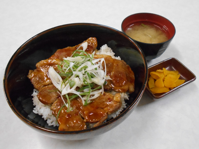 かみふらのポーク豚丼/砂川SA【上り】