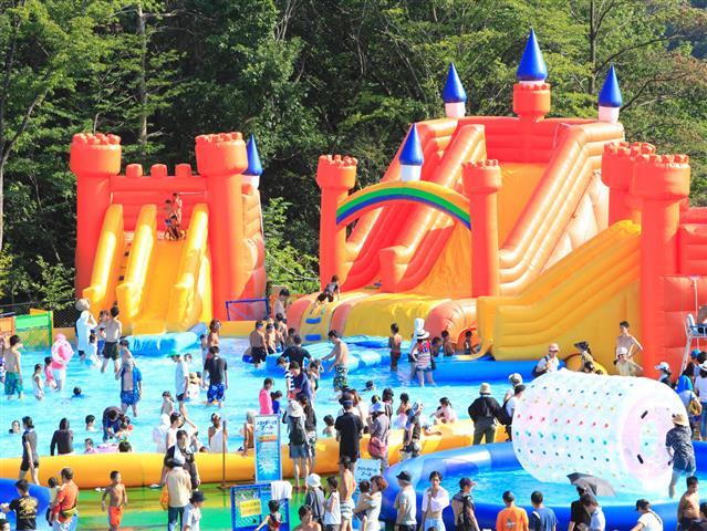 神奈川県の水遊びスポット7選(2021)じゃぶじゃぶ池・噴水・水路などが無料の公園も