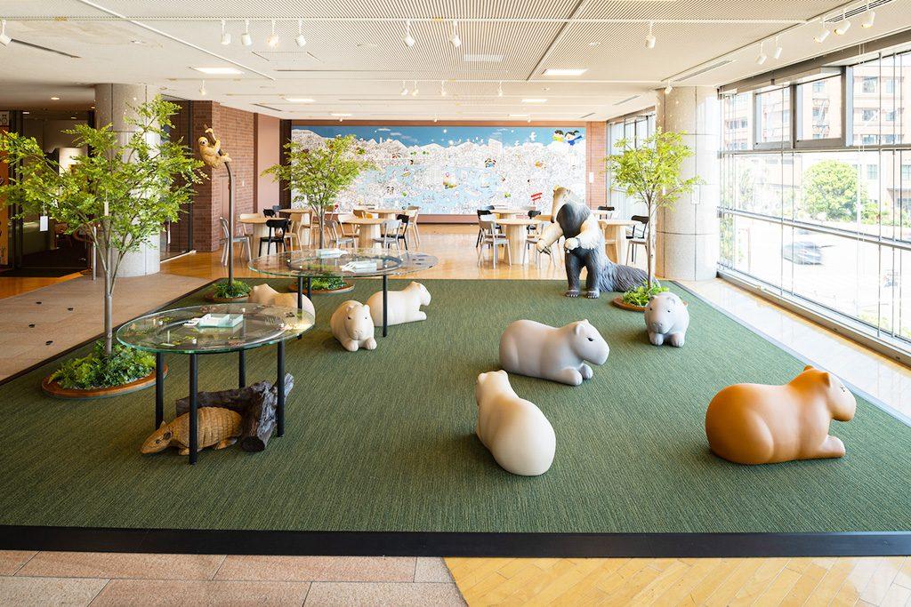 2階の一角を占める、藤浩志の作品「メッセンジャー」/JICA横浜(神奈川県/横浜市)