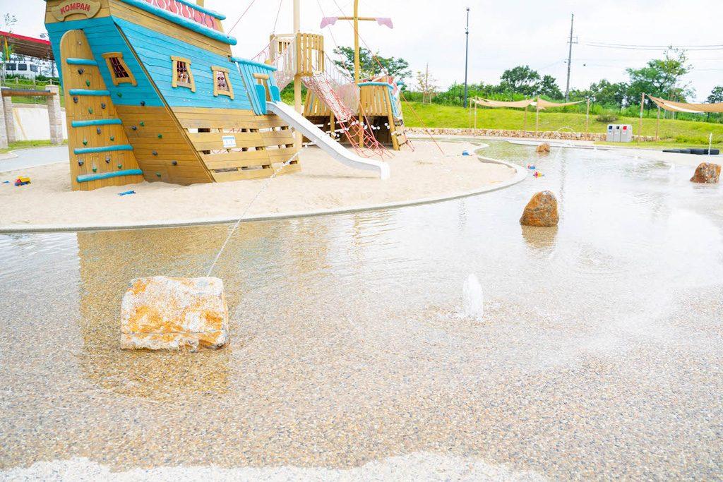 生駒山上遊園地、ITADAKI(いただき)エリアで水遊び!お化け屋敷や乗物もチェック