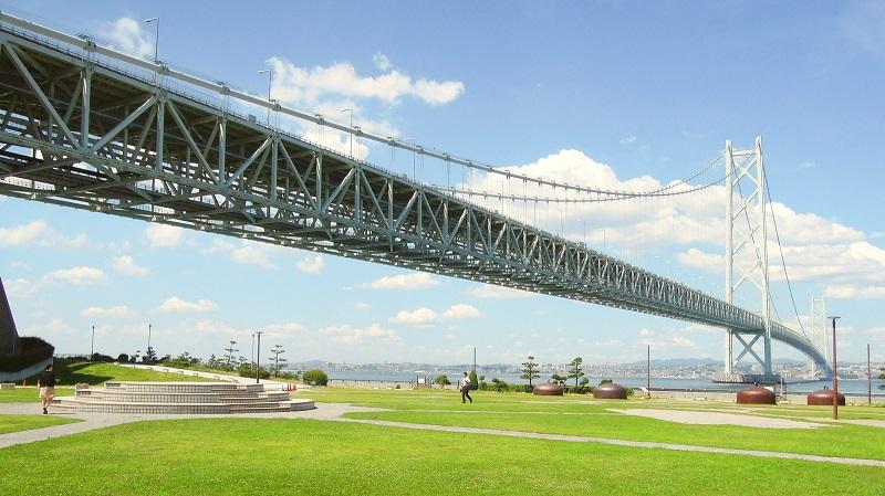 道の駅あわじ・松帆アンカレイジパークと明石海峡大橋(兵庫県/淡路市)