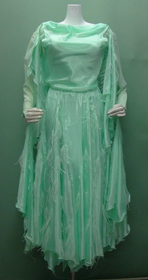 f2cf998a1ed98 コンペ用ドレス(リサイクル)の商品一覧
