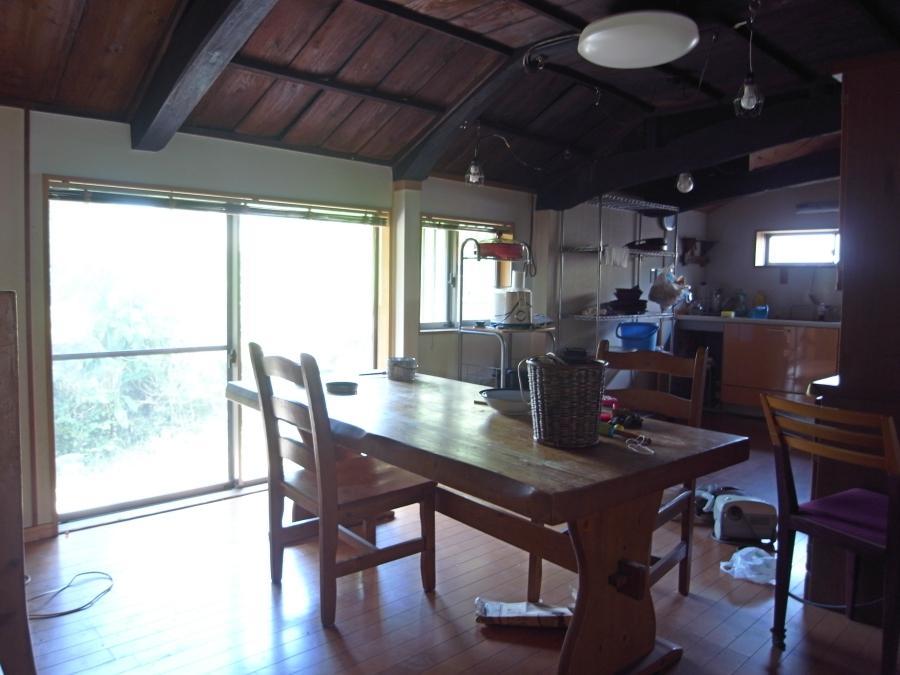 キッチンは北側ですが、一定の光が入ります。
