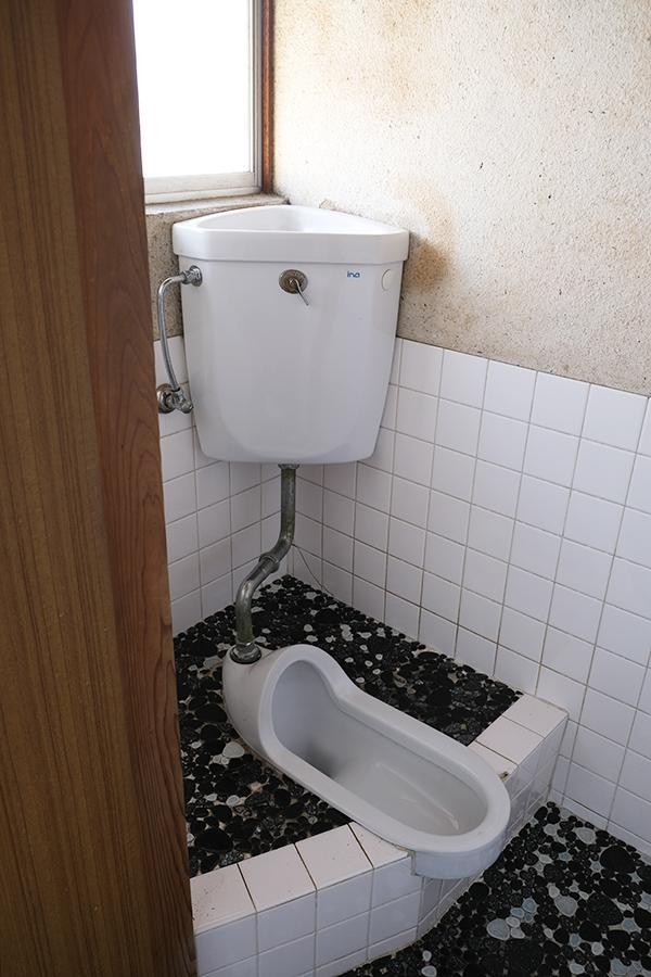 トイレ。キッチン以外の水回りは全て1階です。