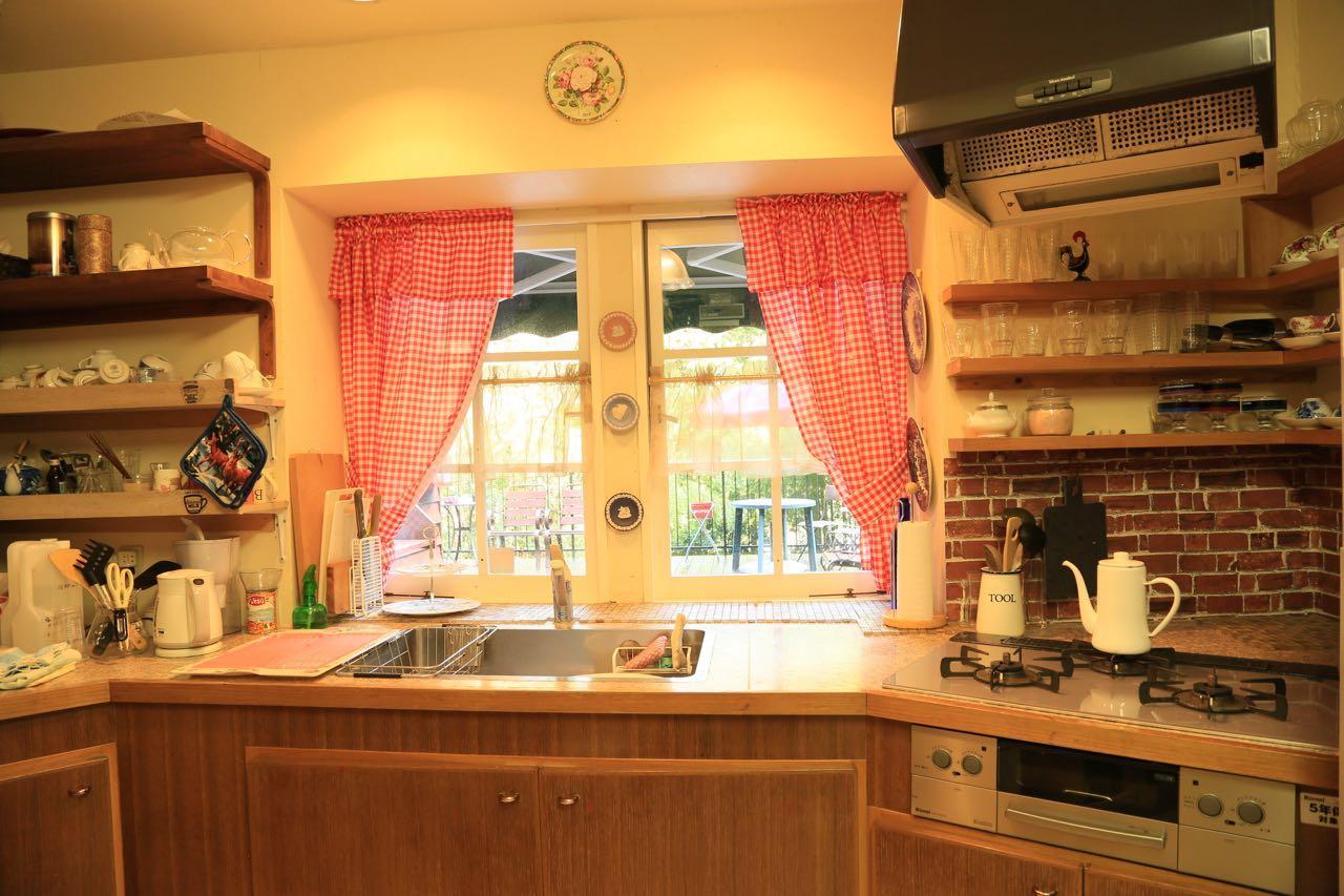 キッチン、コンロは数年前に交換済み