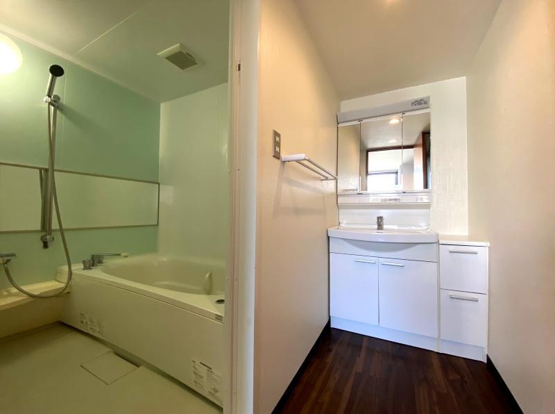 (M2タイプ)浴室の洗面化粧台