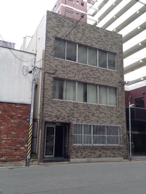 レトロタイルの渋い建物