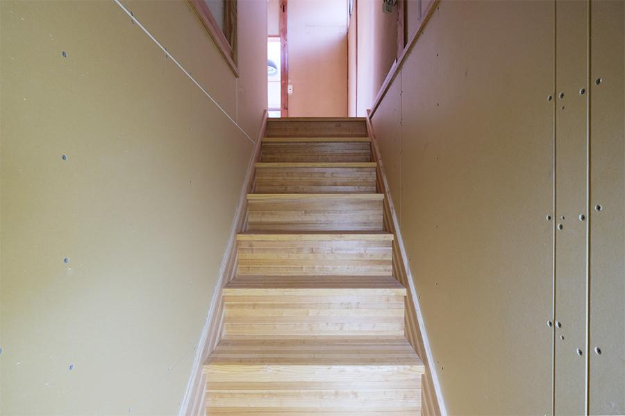 階段。腕がなるぜ。